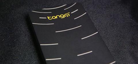 TangoPC en un equipo de escritorio del tamaño de un smartphone